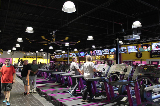 Planet Fitness locations that have a hair salon